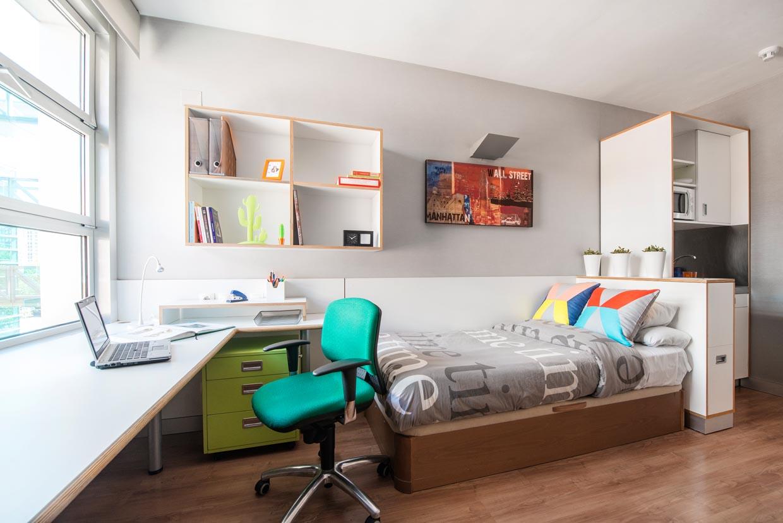 Alojamiento: Pisos compartidos, vista de habitación completamente equipada